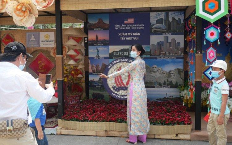 US-Consulate-Tet-Booth-Ao Dai